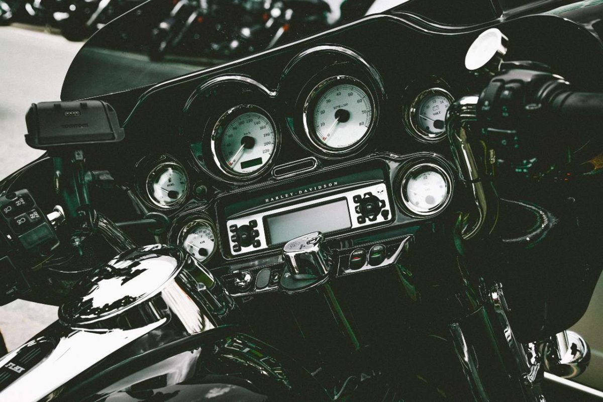 Motorcycle console